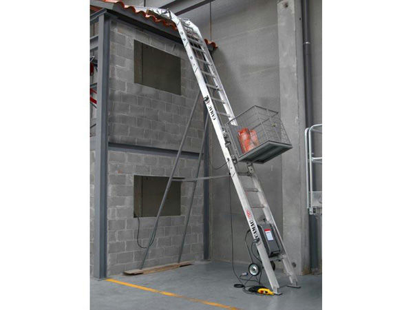 Camac Ladder Lift