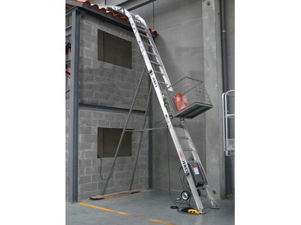 Camac Ladder Lift